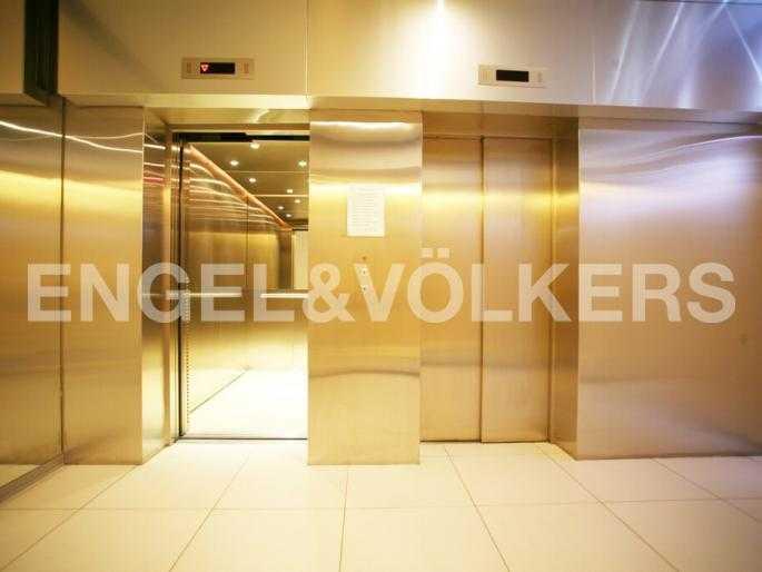 Лифтовая группа в парадной