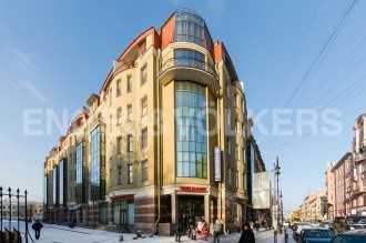 Восстания, 8А – камерный дом с каминами в шаге от Невского проспекта