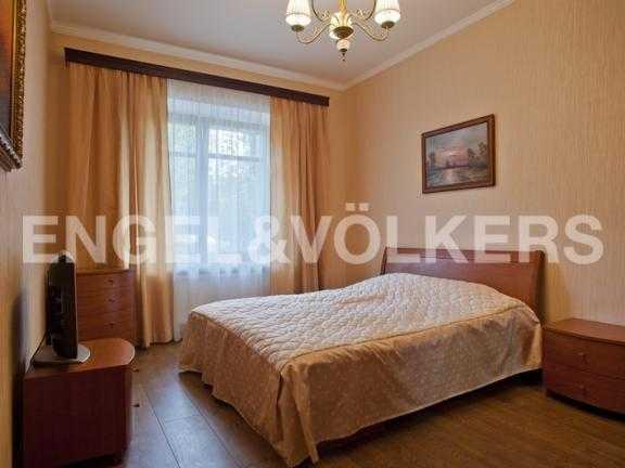 Элитные квартиры на . Санкт-Петербург, 2-ая Березовая аллея 13-15. Спальня