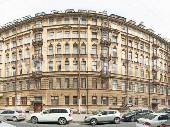 Элитные квартиры в Центральном районе. Санкт-Петербург, Манежный пер. 16. Фасад дома