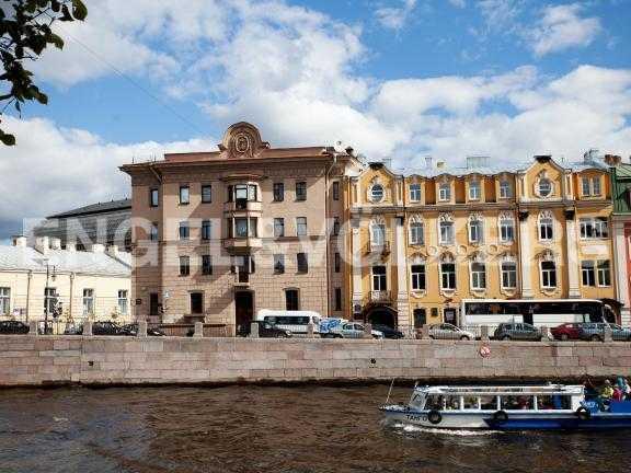 Элитные квартиры в Центральный р-н. Санкт-Петербург, Наб. реки Фонтанки, 12. Фасад дома