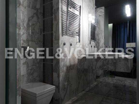 Элитные квартиры в Центральном районе. Санкт-Петербург, Парадная ул. 3. Ванная комната