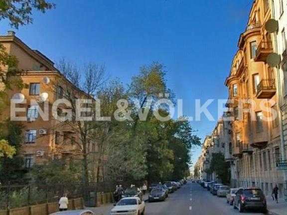 Элитные квартиры в Центральном районе. Санкт-Петербург, Таврическая ул. 3. Таврическая улица