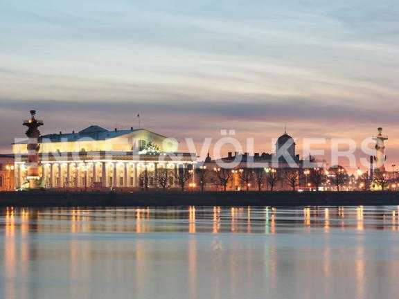 Элитные квартиры в Других районах области. Санкт-Петербург, В.О. Большой пр. 63. Стрелка В.О.