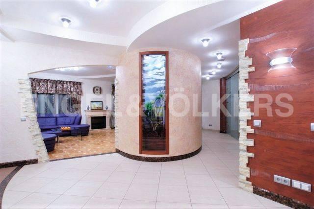 Рюхина, 12 — квартира с ремонтом и панорамным видом на парк