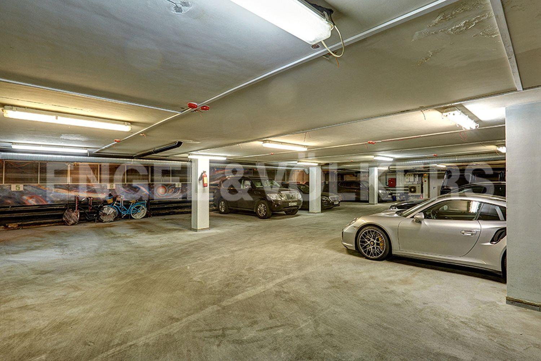 Парковочное место в отапливаемом паркинге