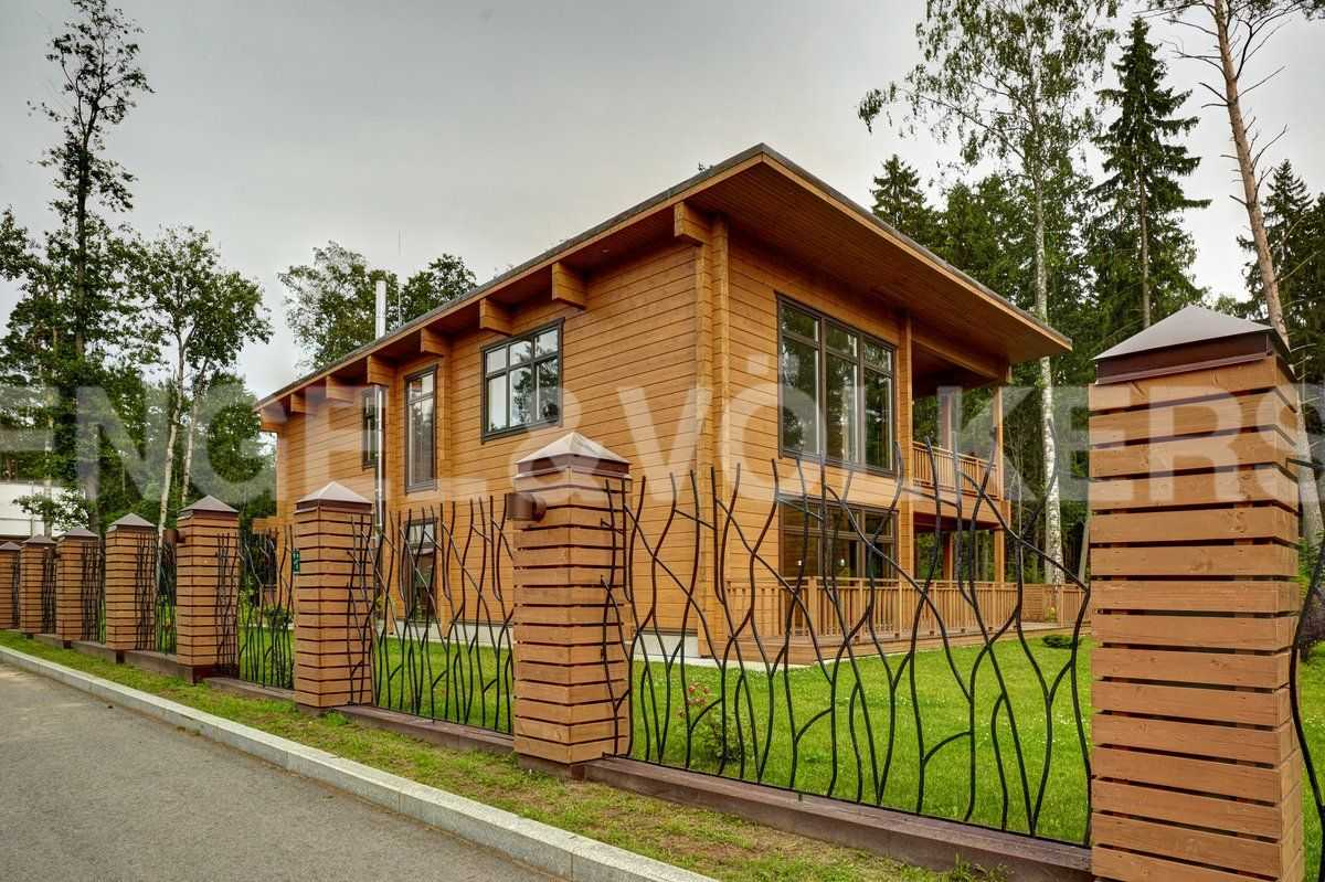 Элитные квартиры в Курортном районе. Санкт-Петербург, п. Репино, 2-й Балтийский переулок.