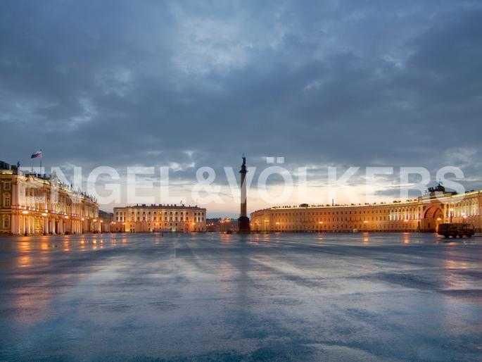 Элитные квартиры в Центральном районе. Санкт-Петербург, Невский пр. 3. Дворцовая площадь