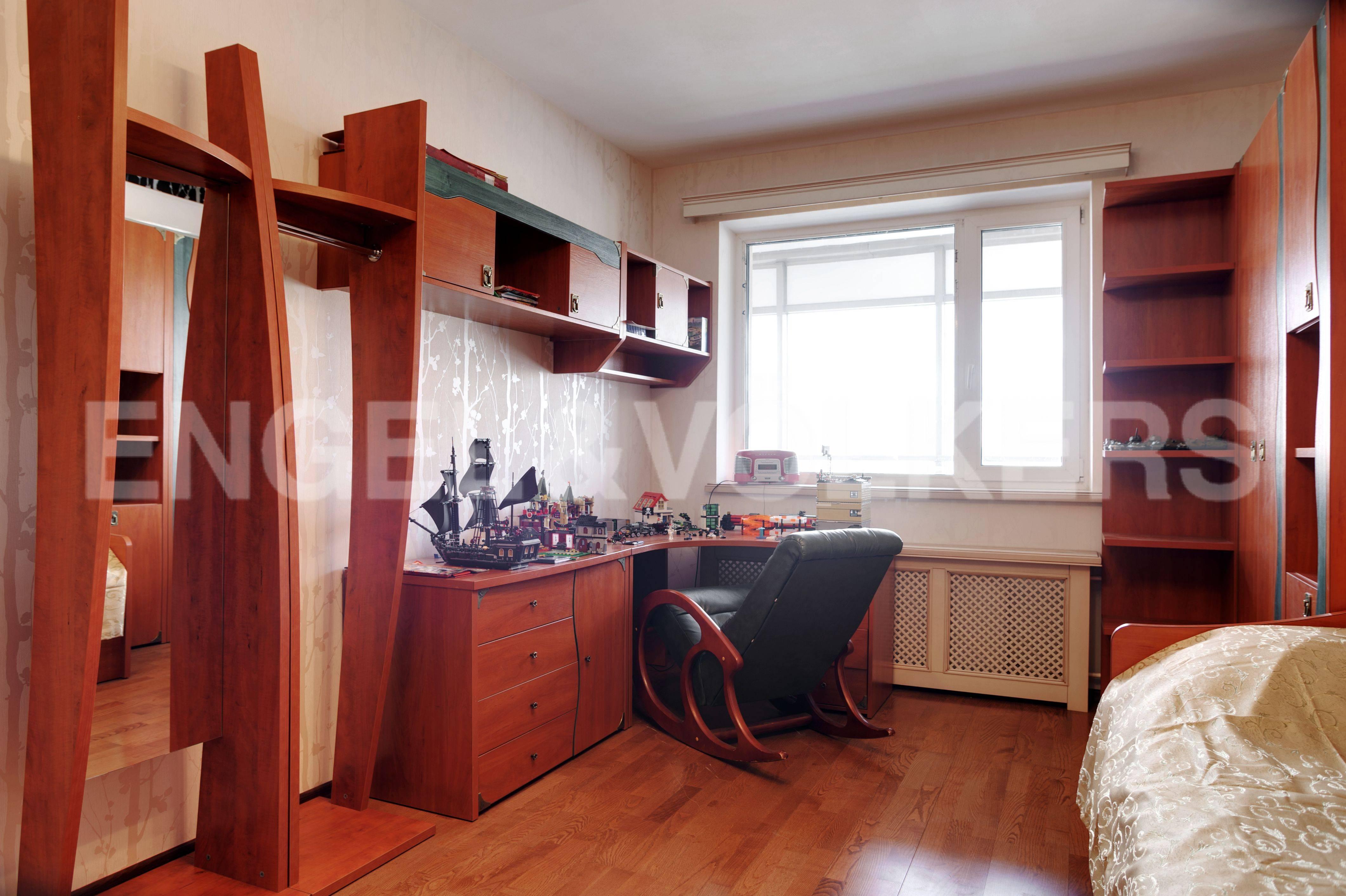 Элитные квартиры в Выборгский р-н. Санкт-Петербург, Большой Сампсониевский пр. 4-6. Детская комната