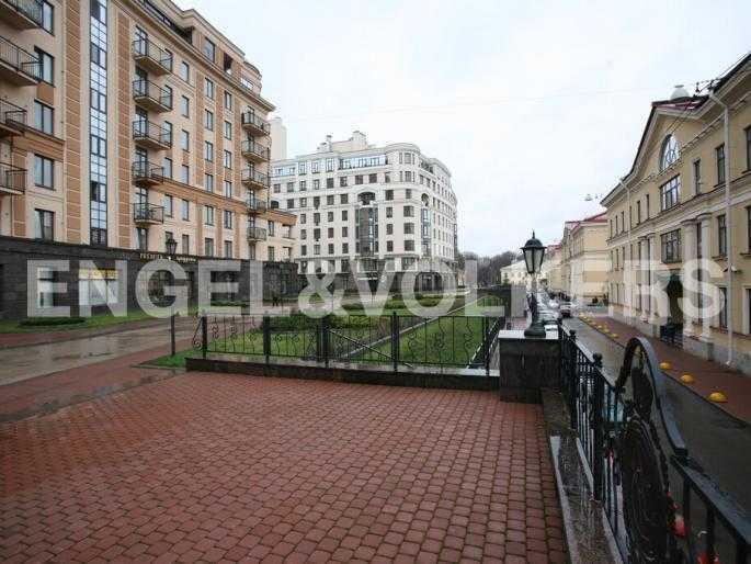 Элитные квартиры в Центральном районе. Санкт-Петербург, Парадная ул. 3. Территория комплекса