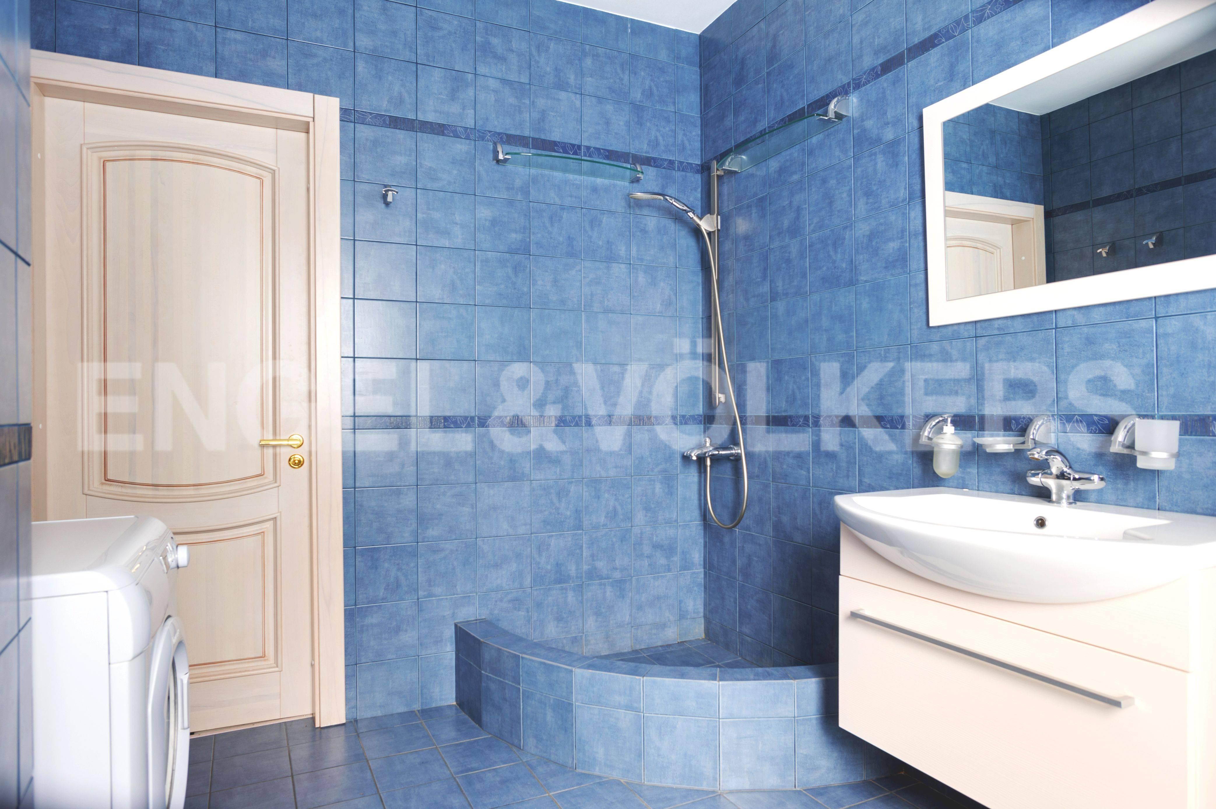 Элитные квартиры в Центральном районе. Санкт-Петербург, Большой Сампсониевский пр. 4-6. Ванная комната