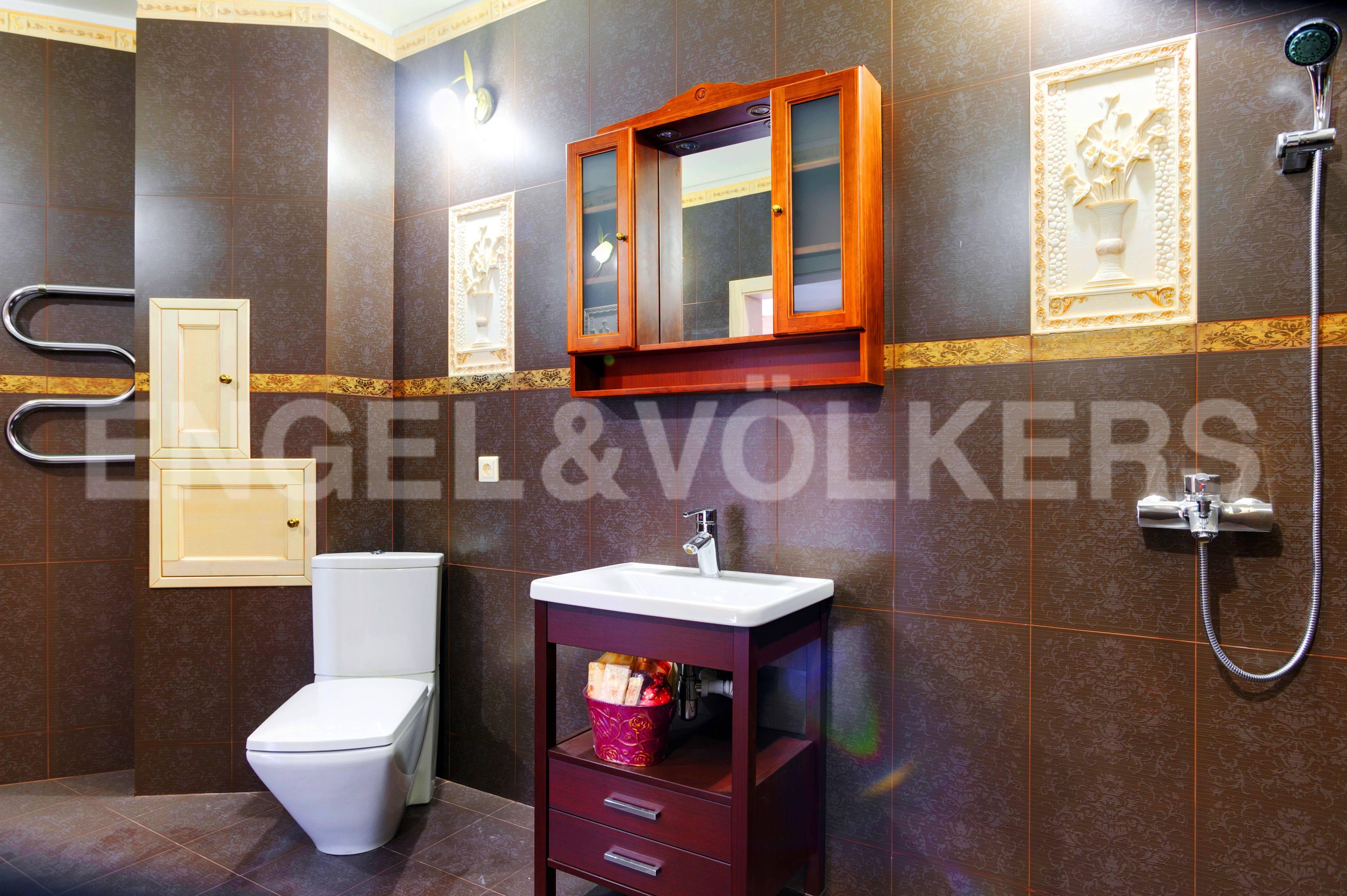 Элитные квартиры в Выборгский р-н. Санкт-Петербург, Большой Сампсониевский пр. 4-6. Ванная комната в спальне
