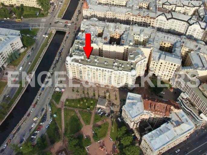 Элитные квартиры в Петроградском районе. Санкт-Петербург, Наб. реки Карповки 10. Местоположение