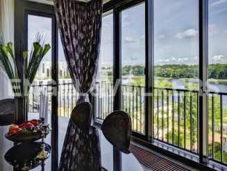 «Дом у моря» — современный жилой комплекс с видом на акваторию реки С. Невки