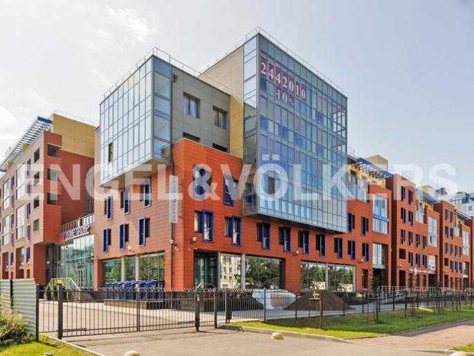 Элитные квартиры на . Санкт-Петербург, Морской, 28. Фасад здания