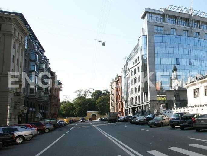Элитные квартиры в Центральном районе. Санкт-Петербург, Тверская, 1А. Тверская улица