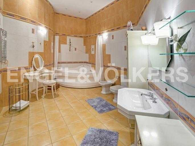 Элитные квартиры в Центральном районе. Санкт-Петербург, Захарьевская ул., 16. Ванная комната