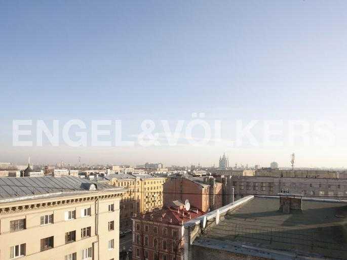 Элитные квартиры в Центральном районе. Санкт-Петербург, Тверская, 1А. Панорама исторической части города