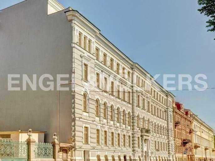 Элитные квартиры в Центральном районе. Санкт-Петербург, Конногвардейский б-р, 5. Фасад комплекса по Конногвардейскому бульвару