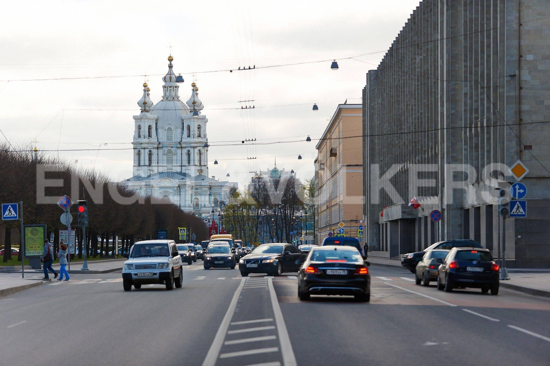 Элитные квартиры в Центральном районе. Санкт-Петербург, Шпалерная ул. 60. улица Шпалерная