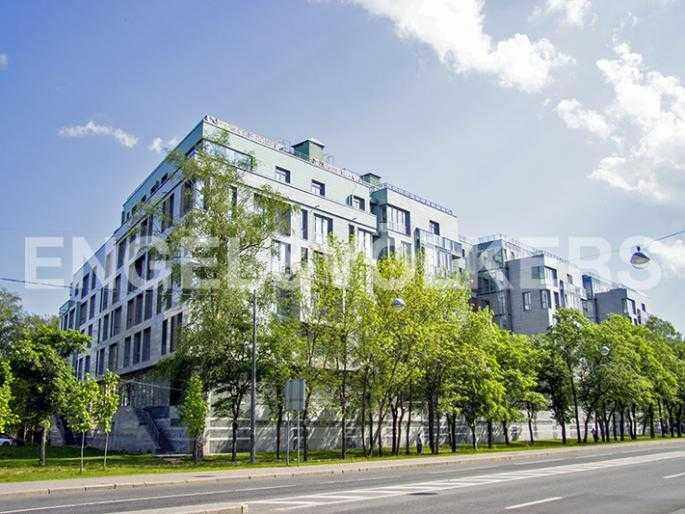 Элитные квартиры на . Санкт-Петербург, Морской пр., 15. Фасад здания