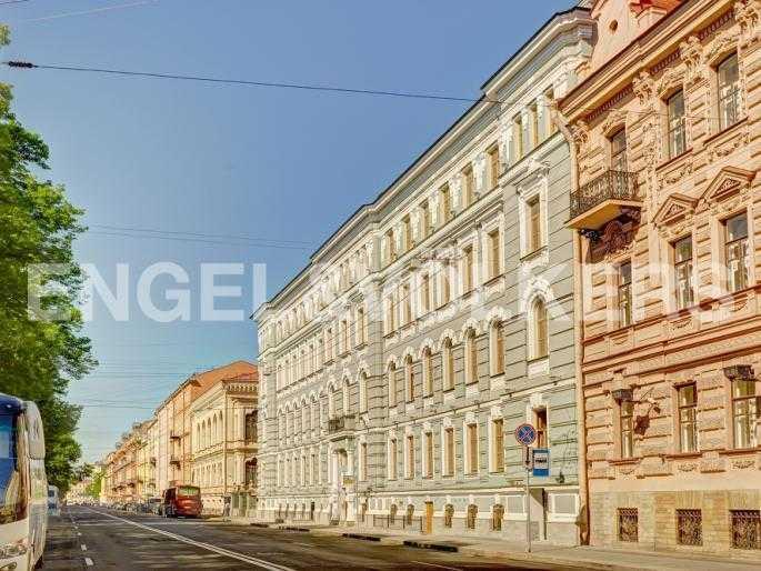 Элитные квартиры в Центральном районе. Санкт-Петербург, Конногвардейский б-р, 5. Фасад дома по Конногвардейскому бульвару
