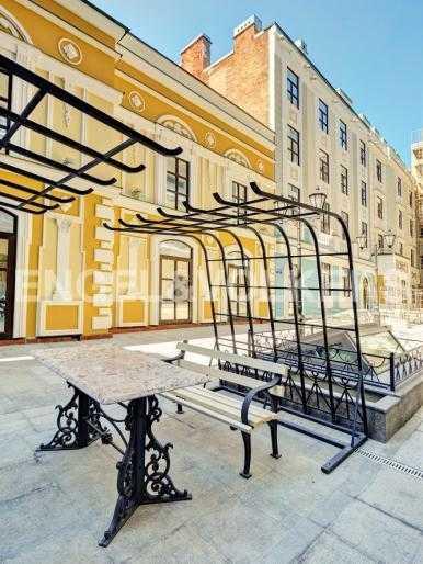 Элитные квартиры в Центральном районе. Санкт-Петербург, Конногвардейский б-р, 5. Элементы внутренней территории комплекса