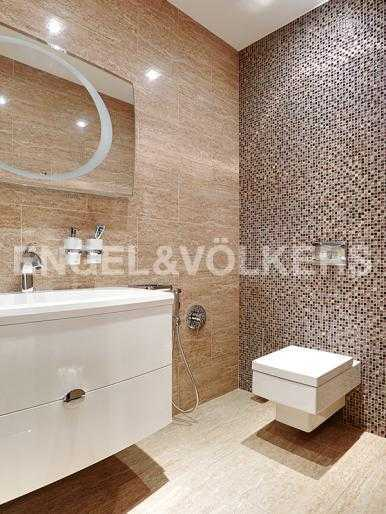 Элитные квартиры в Центральном районе. Санкт-Петербург, Шпалерная ул. 60. Гостевая ванная комната