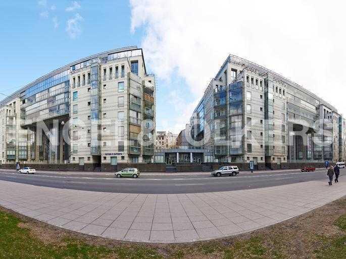 Элитные квартиры в Центральном районе. Санкт-Петербург, Шпалерная ул. 60. Фасад дома