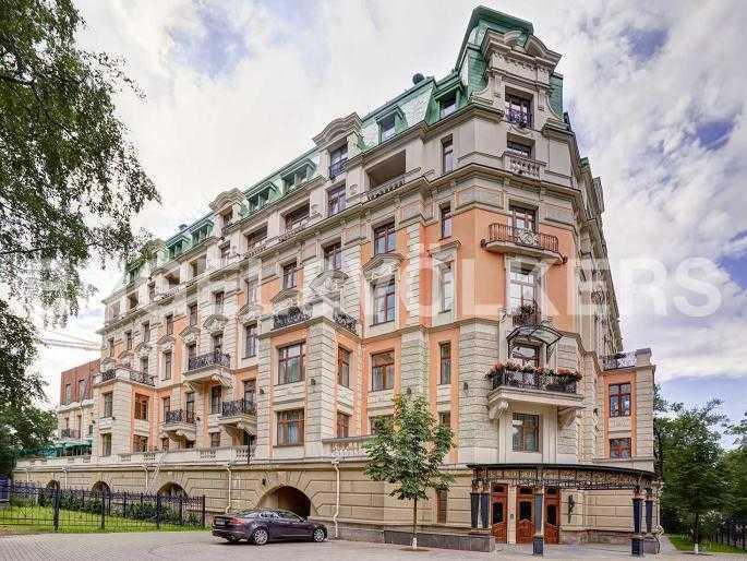Элитные квартиры на . Санкт-Петербург, Динамо, 12. Фасад дома
