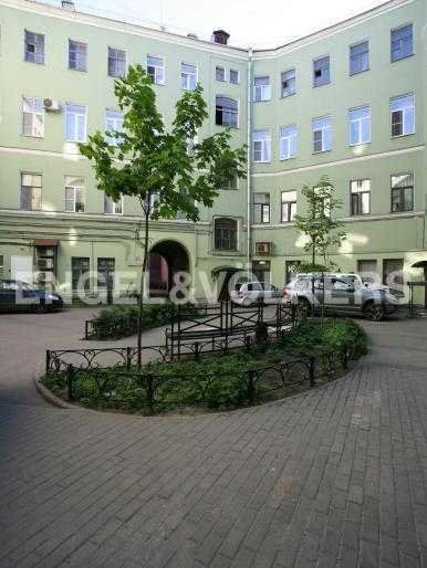 Элитные квартиры в Центральном районе. Санкт-Петербург, Большая Московская, 1. Внутренний двор