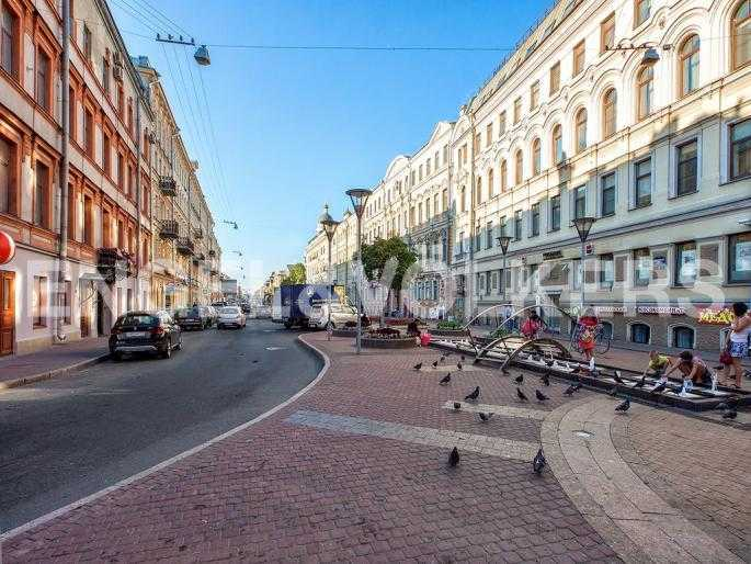 Элитные квартиры в Центральном районе. Санкт-Петербург, Большая Московская, 1. Пешеходная зона Большой Московской улицы