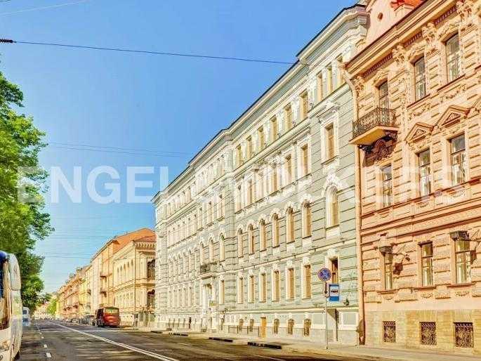 Элитные квартиры в Адмиралтейский р-н. Санкт-Петербург, Конногвардейский б-р, 5. Фасад комплекса по Конногвардейскому бульвару