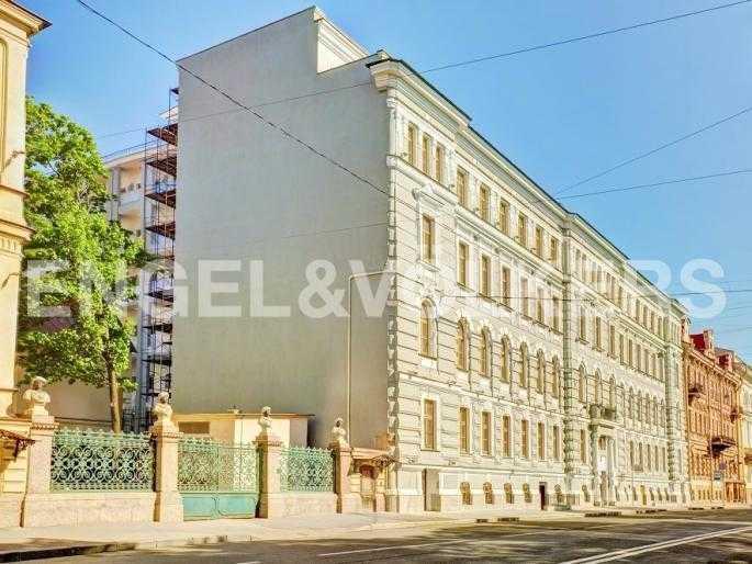Элитные квартиры в Центральном районе. Санкт-Петербург, Конногвардейский б-р, 5. Фасад дома