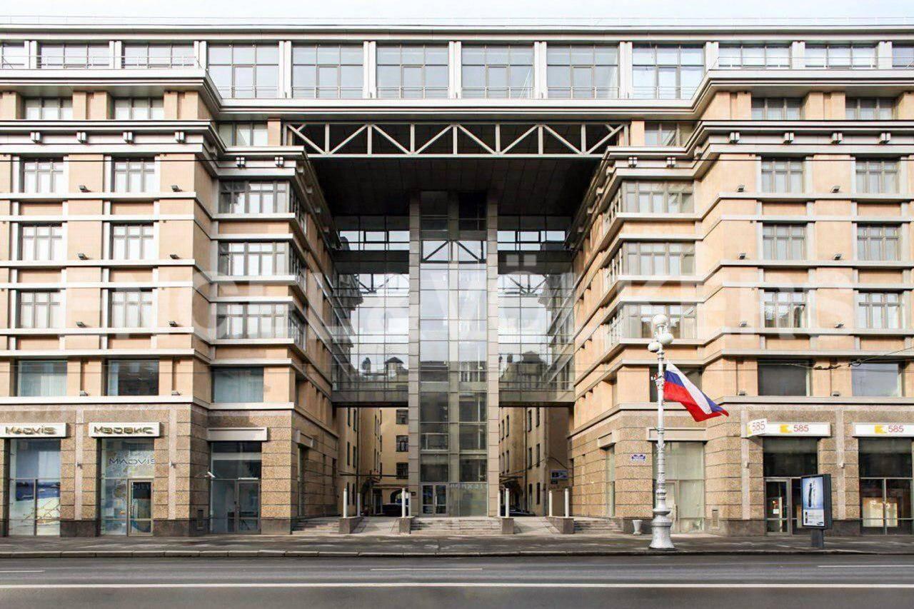 Элитные квартиры в Центральном районе. Санкт-Петербург, Невский пр., 137. Фасад здания