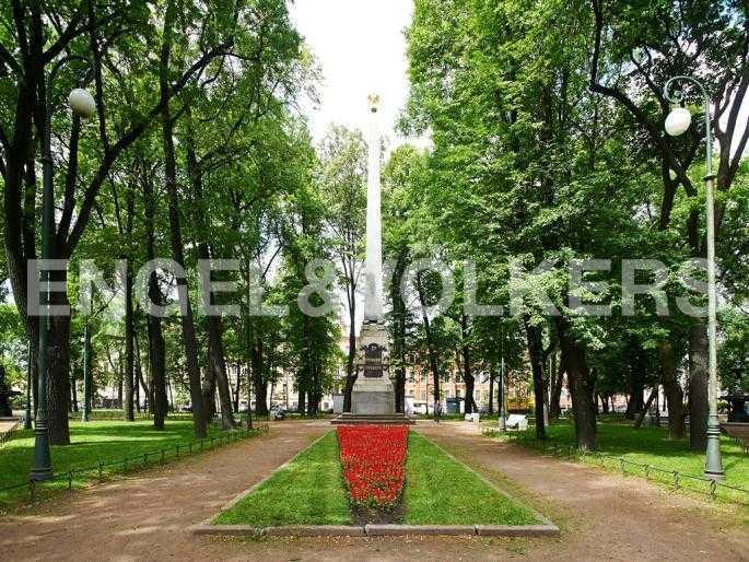 Элитные квартиры в Других районах области. Санкт-Петербург, 5-я Линия, 2. Румянцевский сад