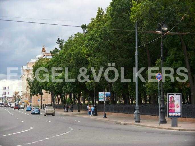 Элитные квартиры в Других районах области. Санкт-Петербург, 5-я Линия, 2. Румянцевский сад на Университетской набережной