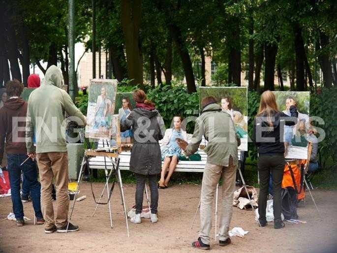 Элитные квартиры в Других районах области. Санкт-Петербург, 5-я Линия, 2. Румянцевский сад рядом с Академией художеств