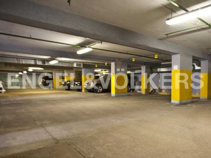 Элитные квартиры в Центральном районе. Санкт-Петербург, Захарьевская, 33. Подземный паркинг