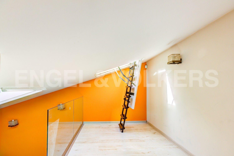 Элитные квартиры в Центральном районе. Санкт-Петербург, Стремянная, 16. Выход на террасу во второй спальне