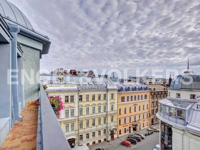 Элитные квартиры в Центральном районе. Санкт-Петербург, Стремянная, 15. Терраса