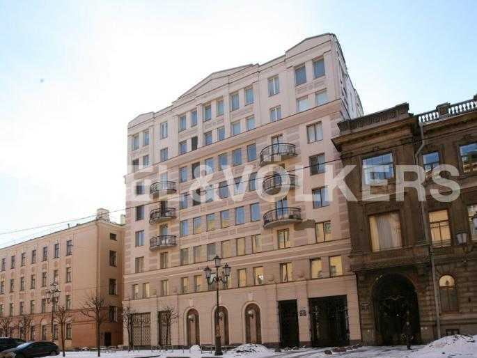 Элитные квартиры в Центральном районе. Санкт-Петербург, Захарьевская, 33. Фасад
