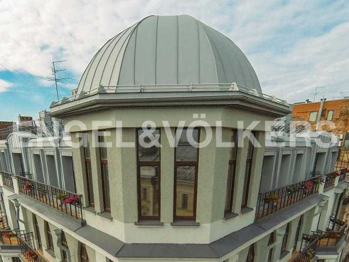 Элитные квартиры в Центральном районе. Санкт-Петербург, Стремянная, 15. Фасад здания