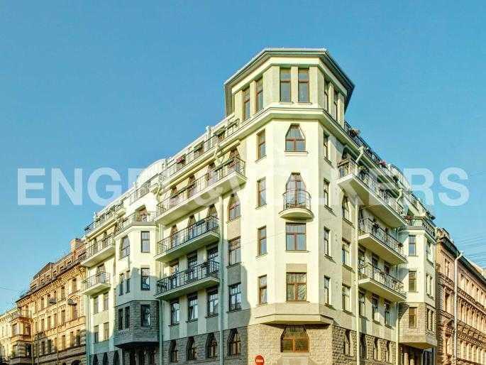 Элитные квартиры в Центральном районе. Санкт-Петербург, Стремянная, 15. Фасад дома