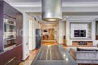 «Тверская, 1А» — дизайнерская квартира в стиле фьюжен