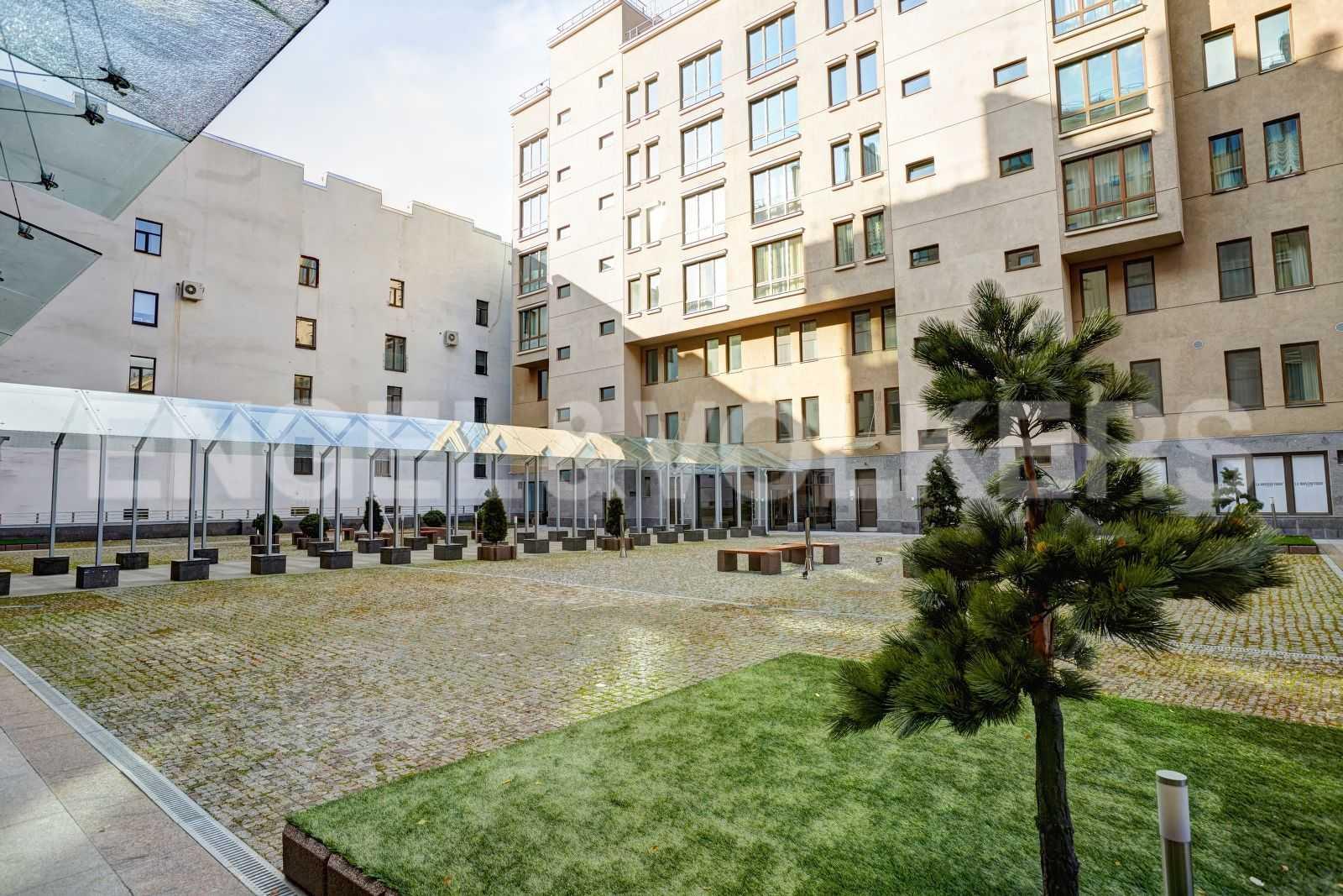 Элитные квартиры в Центральном районе. Санкт-Петербург, Тверская, 1А. Внутренняя территория комплекса