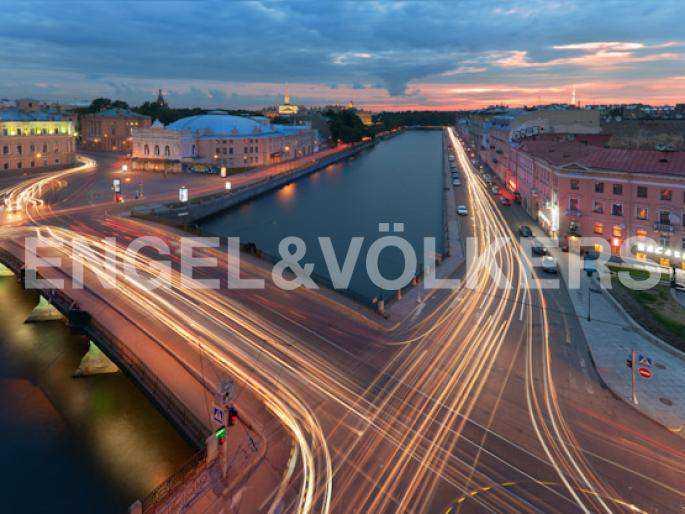 Элитные квартиры в Центральном районе. Санкт-Петербург, наб. реки Фонтанки, 30.