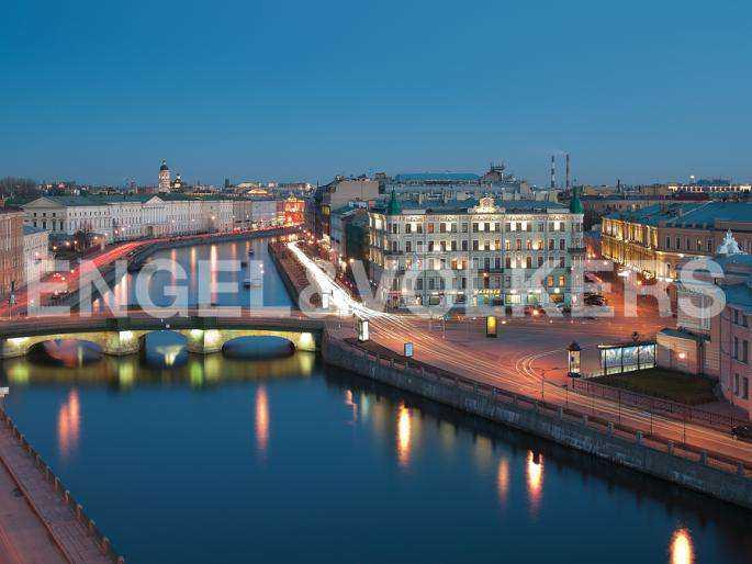 Элитные квартиры в Центральном районе. Санкт-Петербург, наб. реки Фонтанки, 30. Расположение дома на набережной реки Фонтанки