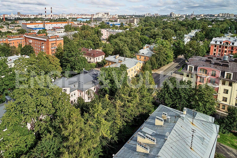 Элитные квартиры в Приморском районе. Санкт-Петербург, Дибуновская, 22. Зеленый район