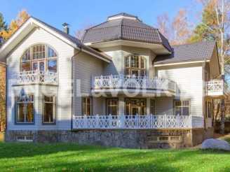 г.Зеленогорск — дом в клубном поселке